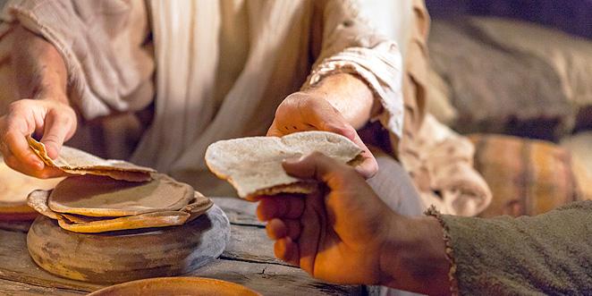 أنا خبز الحياة .. بقلم: الأب د. لويس حزبون