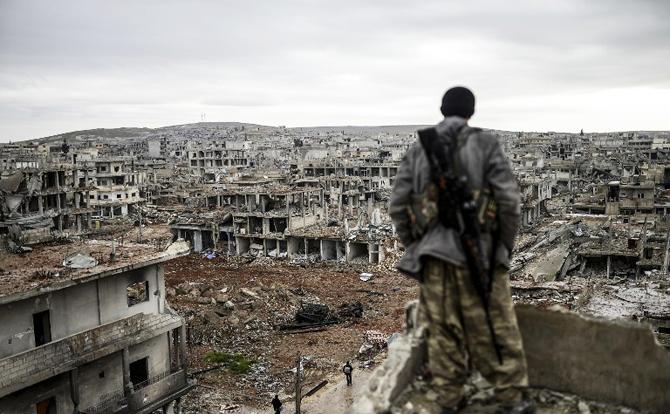 """أسقف حلب للموارنة: المدينة أشبه بـ""""برلين"""" جديدة"""