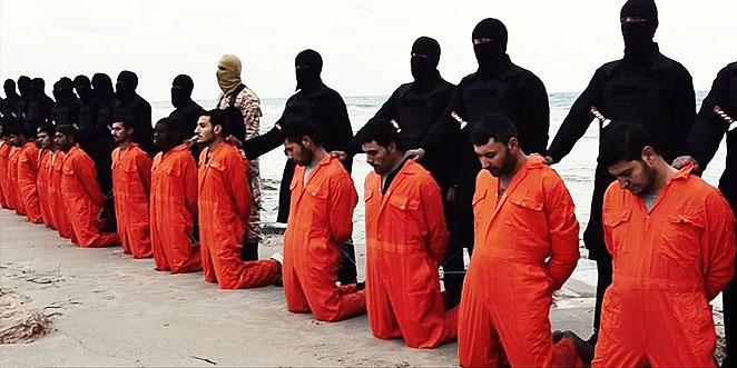 ما لم يُشاهَد في فيديو إعدام المسيحيين الأقباط على شواطىء ليبيا! القسم الذي لم تبثه داعش