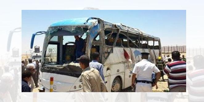عشرات الشهداء في هجوم إرهابي على حافلتين للأقباط بصعيد مصر